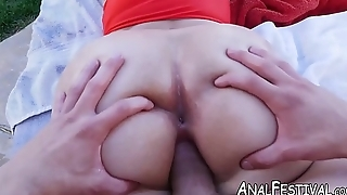 Curvaceous Alycia Starr sucks cock before poolside plow