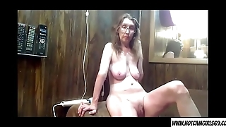 Mature milf housewife teasing on cam - Join hotcamgirls69.com for free live camgirls